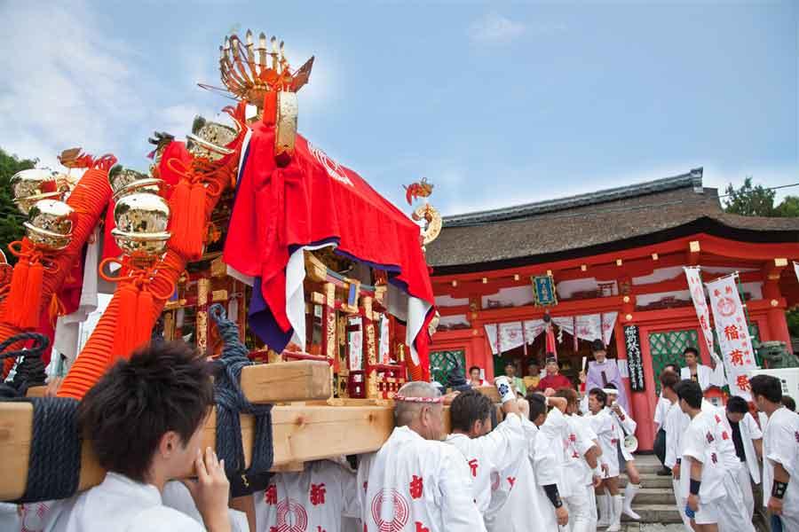 稲荷祭 神輿渡御